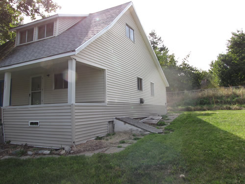 An exterior picture of the house on 207 N. Asbury in Moscow, Id