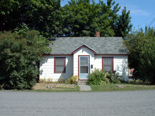 An exterior picture of the house on 416 W. Fourth in Moscow, Id