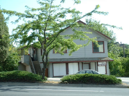 An exterior picture of the Loft and Studio at 1215 Stadium Way in Pullman, Wa